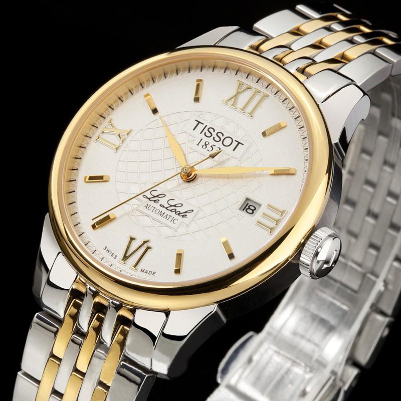 Công sở bạn nên chọn đồng hồ mặt số cổ điển