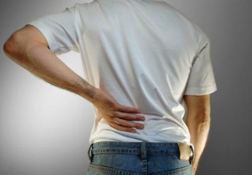 Bệnh thận và suy thận khiến bệnh nhân đau nhức và mỏi lưng