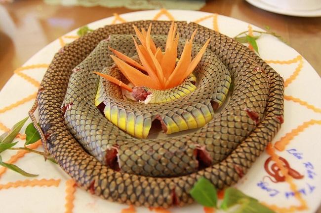 Món ăn từ rắn